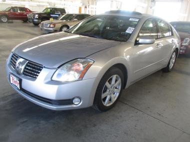 2005 nissan maxima se sl sedan 4 door auctionexport. Black Bedroom Furniture Sets. Home Design Ideas