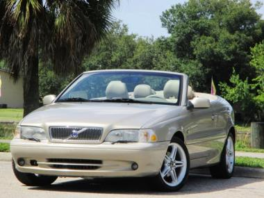2002 volvo c70 hpt convertible 2 door car for sale on. Black Bedroom Furniture Sets. Home Design Ideas
