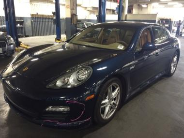 2012 porsche panamera 4 coupe 2 door car for sale on auctionexport. Black Bedroom Furniture Sets. Home Design Ideas