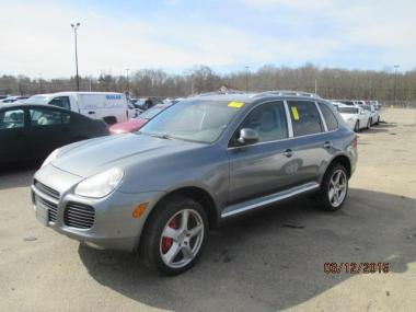 used 2006 porsche cayenne turbo wagon 4 door car for sale at auctionexport. Black Bedroom Furniture Sets. Home Design Ideas