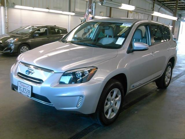 used 2014 toyota rav4 ev car for sale at auctionexport. Black Bedroom Furniture Sets. Home Design Ideas