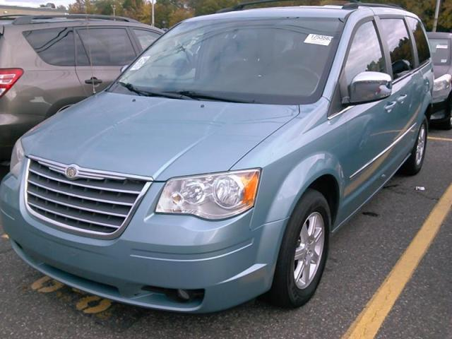 used 2010 chrysler town country touring car for sale at auctionexport. Black Bedroom Furniture Sets. Home Design Ideas