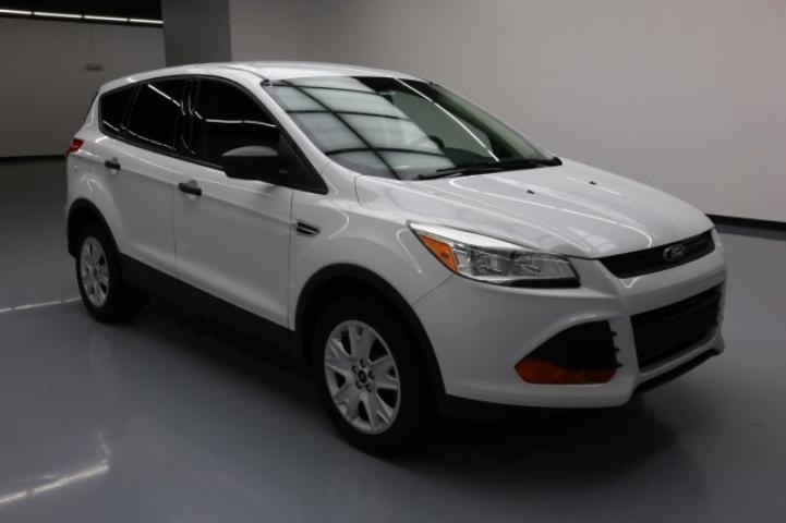 used 2013 ford escape car for sale at auctionexport. Black Bedroom Furniture Sets. Home Design Ideas